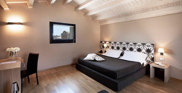 Hotel-Vittorio-Veneto-Ragusa-centro-storico-1